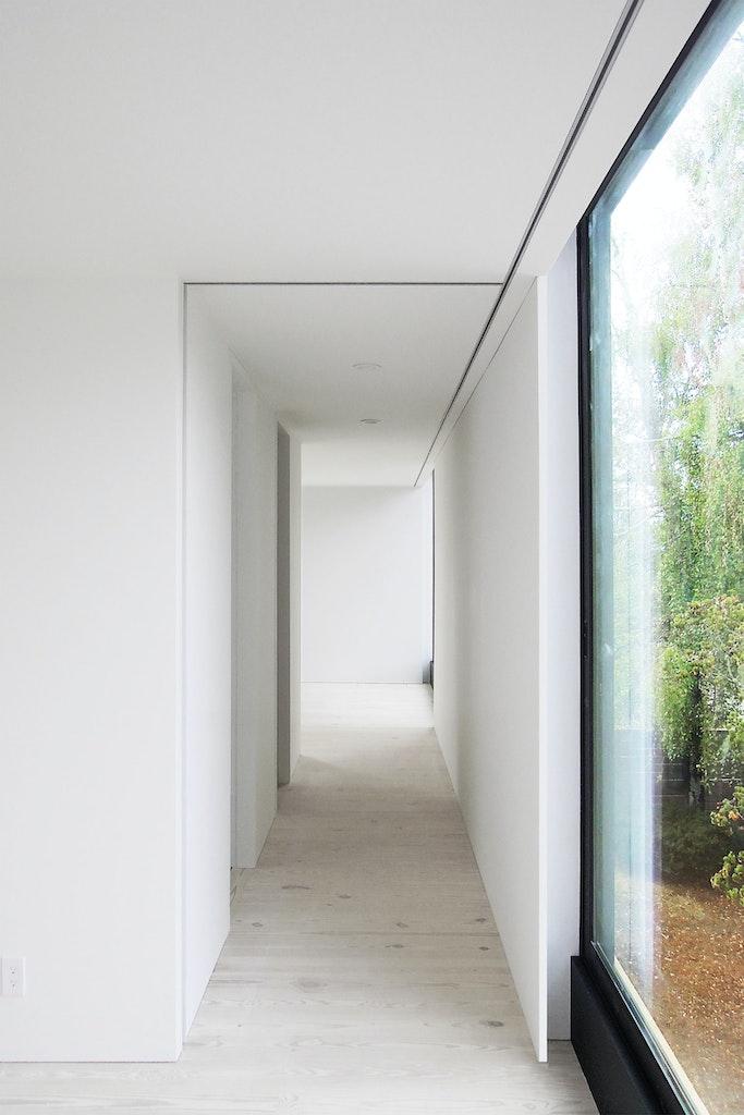 Shelton House. Second floor hallway